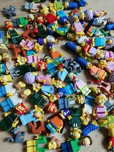 LEGO-The-Simpsons-Minifigure-Packs-x5-Figs-per-order-Bonus-cat-or-dog