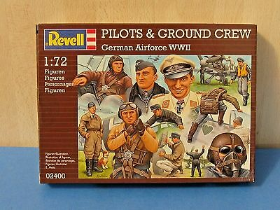 Revell 02400 1/72 WWII Luftwaffe Pilots & Ground Crew - 30 Figures, 54 Parts