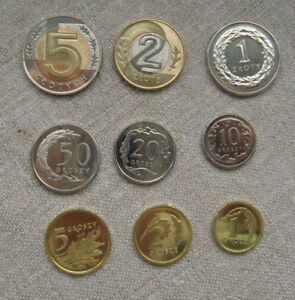 POLONIA-serie-9-monedas-2017-S-C-con-los-2-5-Zl-bimetalicos
