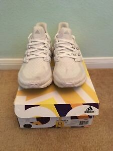 8c4fa0bee1955 Adidas Ultra Boost 2.0 Triple White Women s Size 11  Men s Size 10 ...