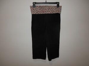 38fc92c1ca038 Victoria's Secret PINK Black Yoga Cropped Leggings with Cheetah ...