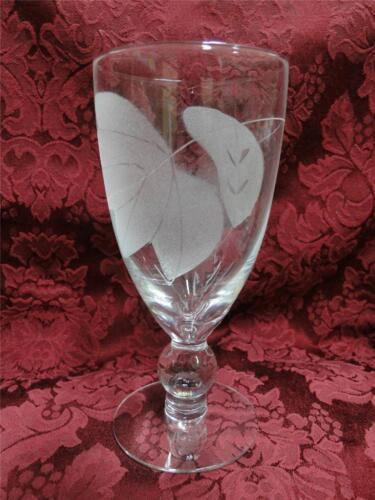 """Frosted Leaves: Iced Tea 6 3//4/"""" McBride Cameo s"""