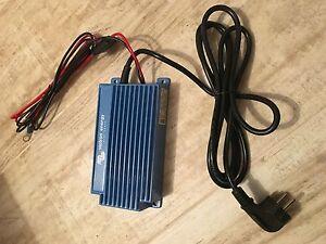 CARGADOR-DE-BATERIAS-VICTRON-ENERGY-BLUE-POWER-IP65-NUEVO-SIN-CAJA