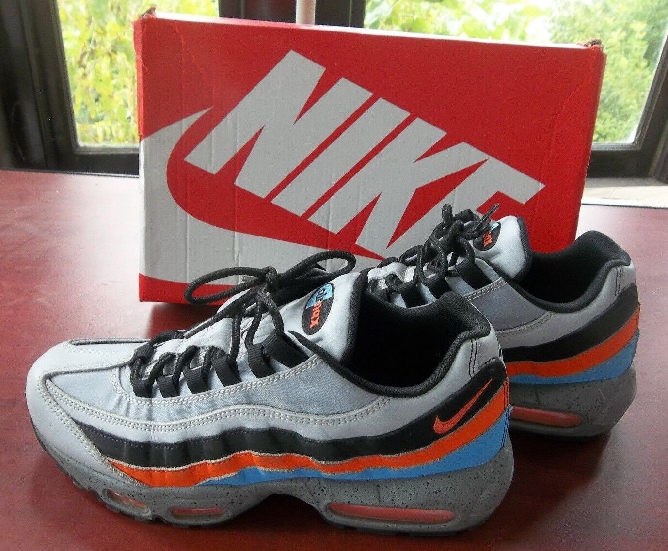 NIKE AIR MAX 95 PRM Size 8.5 Wolf Grey / Safety Orange IN bOX 538416 015 ESCAPE