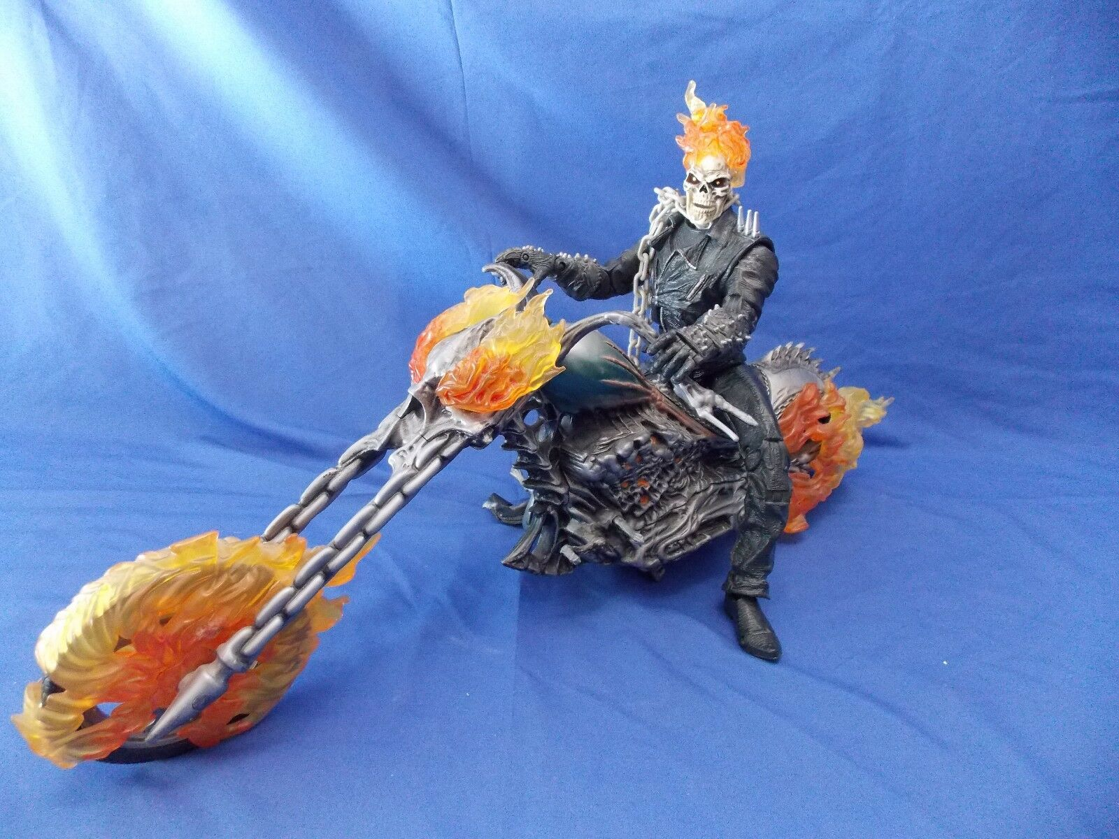 MARVEL COMICS GHOST RIDER MOVIE 12  ULTIMATE ACTION FIGURE W MOTORCYCLE 2007