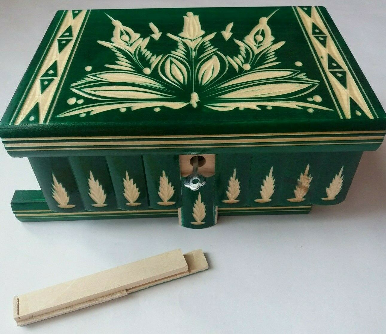 New big huge verde wooden jewelry magic puzzle box adventure hunt treasure