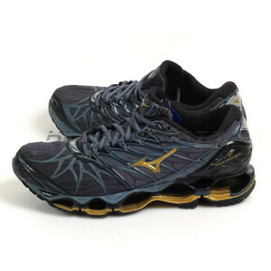 innovative design bfd31 0b2f8 Image is loading Mizuno-Wave-Prophecy-7-Grey-Gold-Black-Expert-