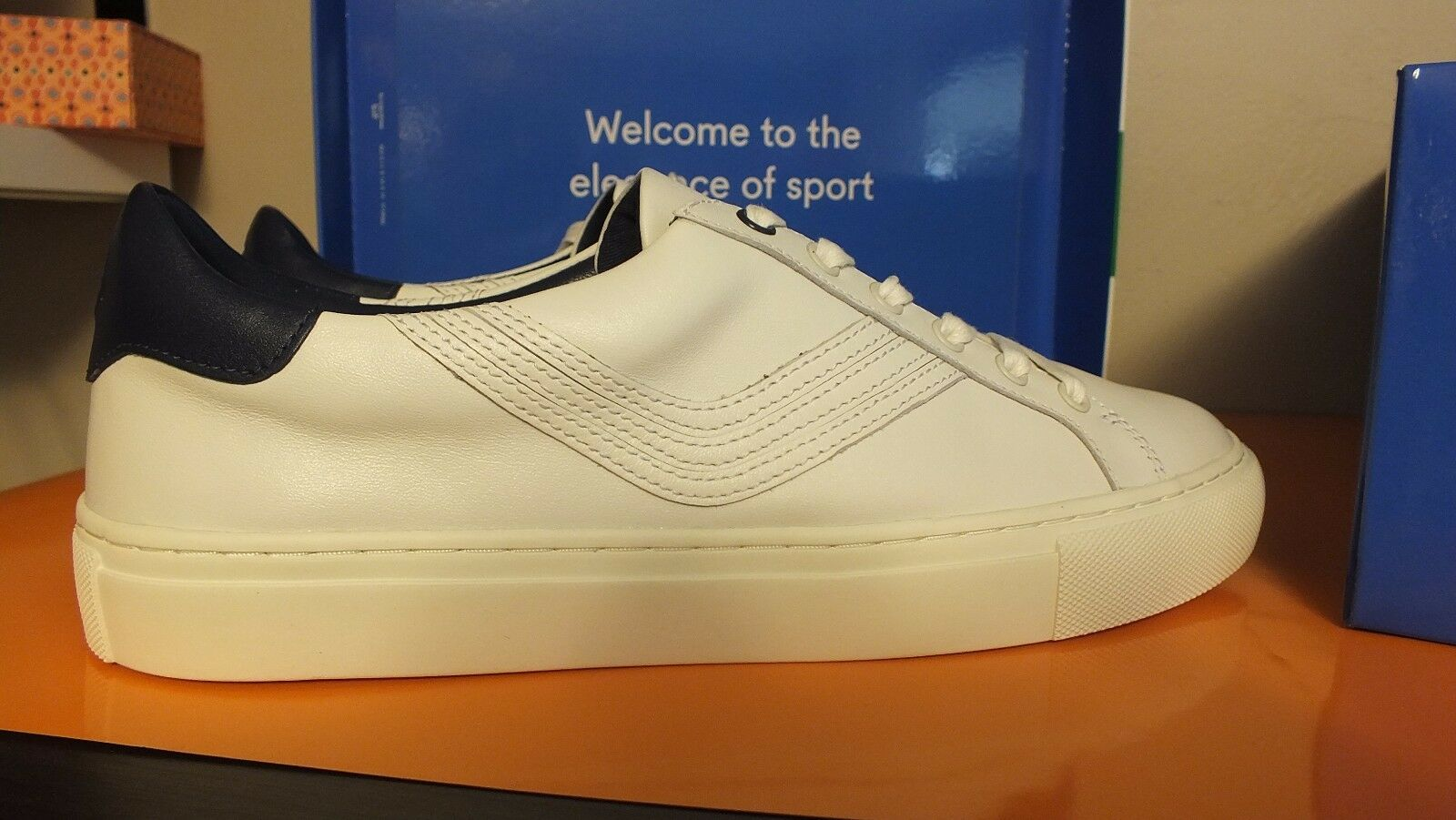 6956a4648fbd Tory Burch Sport Womens Size 9 Leather Lace up SNEAKERS Chevron ...