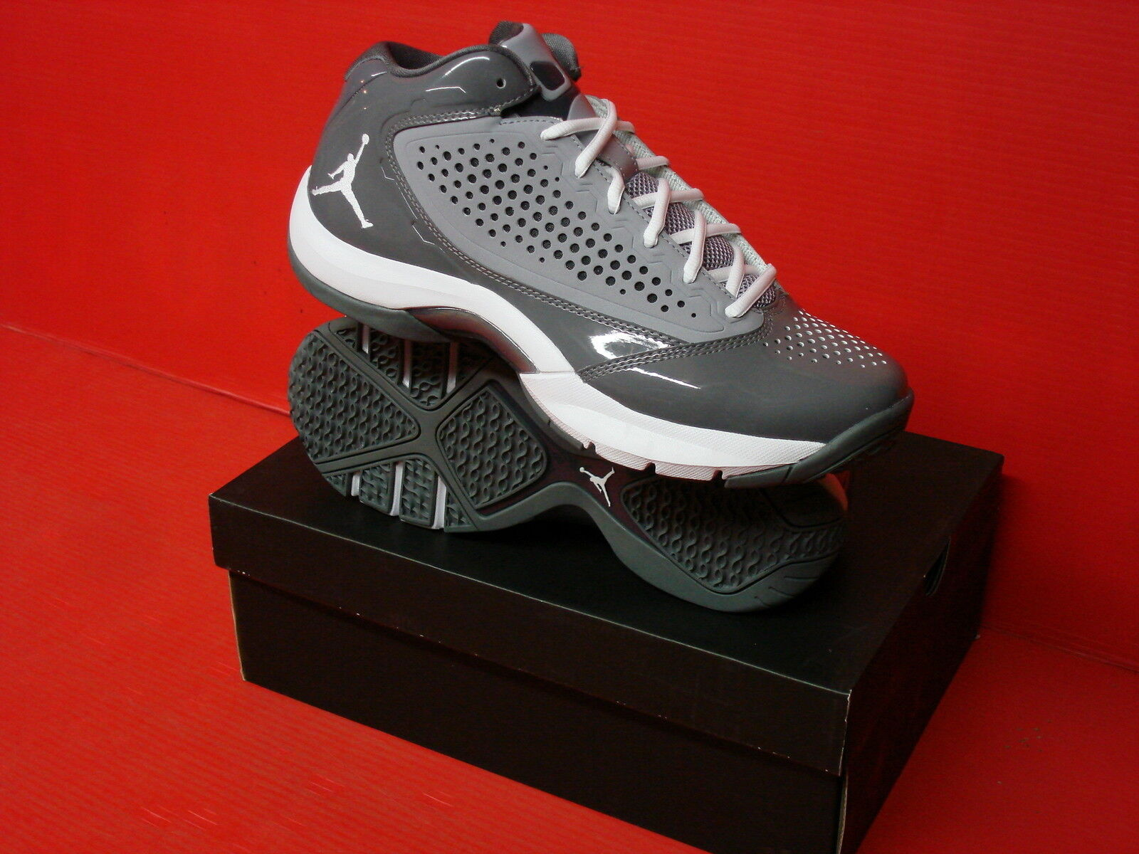 NIKE JORDAN D'REIGN MENS BASKETBALL STYLE 510859 Comfortable and good-looking