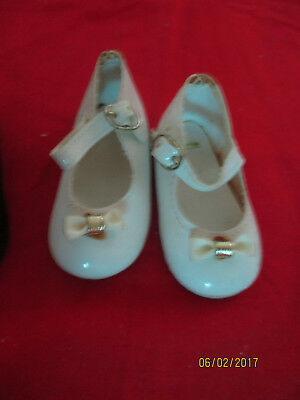 White Tying Mary Janes Sz 7 Lot of 13 Pair of Doll Shoes