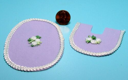 Dollhouse Miniature Lavender Bathroom Rug Set with Lace /& Flower ~ BA260DL