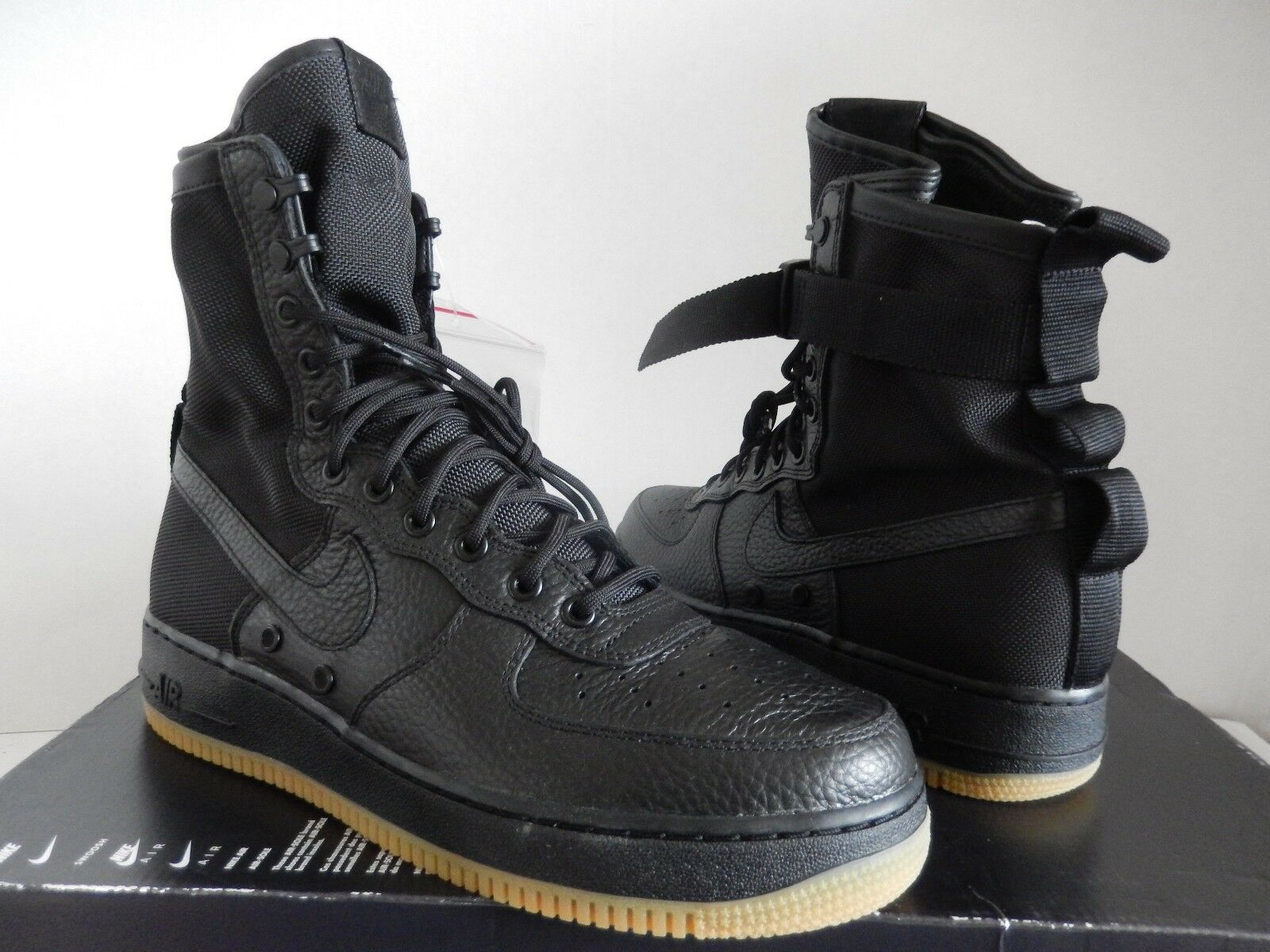 NIKE AIR FORCE 1 SF AF1