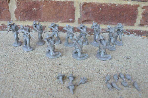 Civil War Confederate Infantry Firing Line Paragon 1/32 54 MM Toy Soldiers Gray