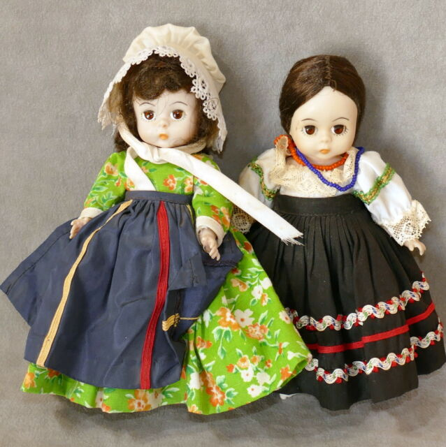 Doll Mme Alexander Wendy Lot of 2 Dolls
