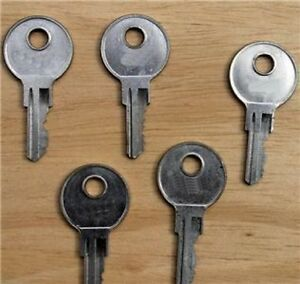 KEYS FOR T-HANDLES-RV'S-TRUCK CAPS-TRUCK CANOPY-TOOL BOXES-GARAGE DOOR JJ