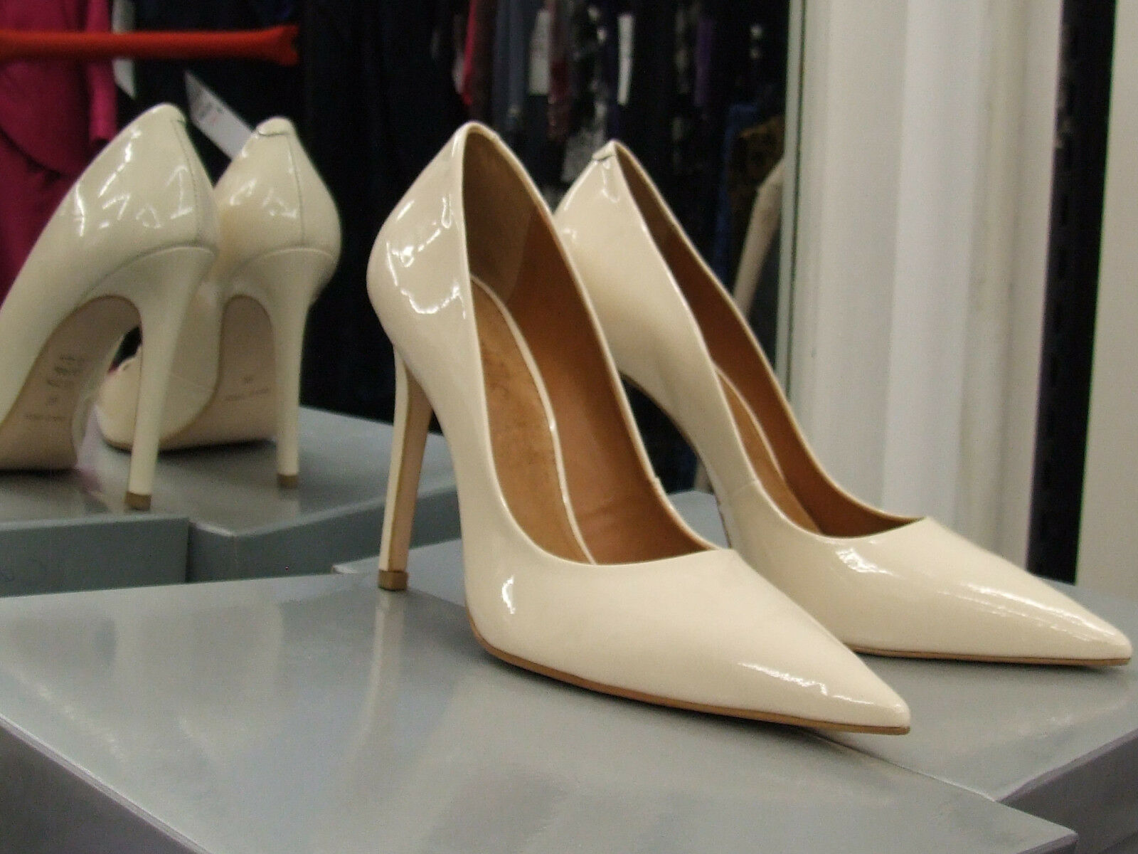 Cecille BNIB UK UK UK 6 Exquisite Stiletto Heels Patent Cream Leder Eve Schuhes EU 39 cb3f1f