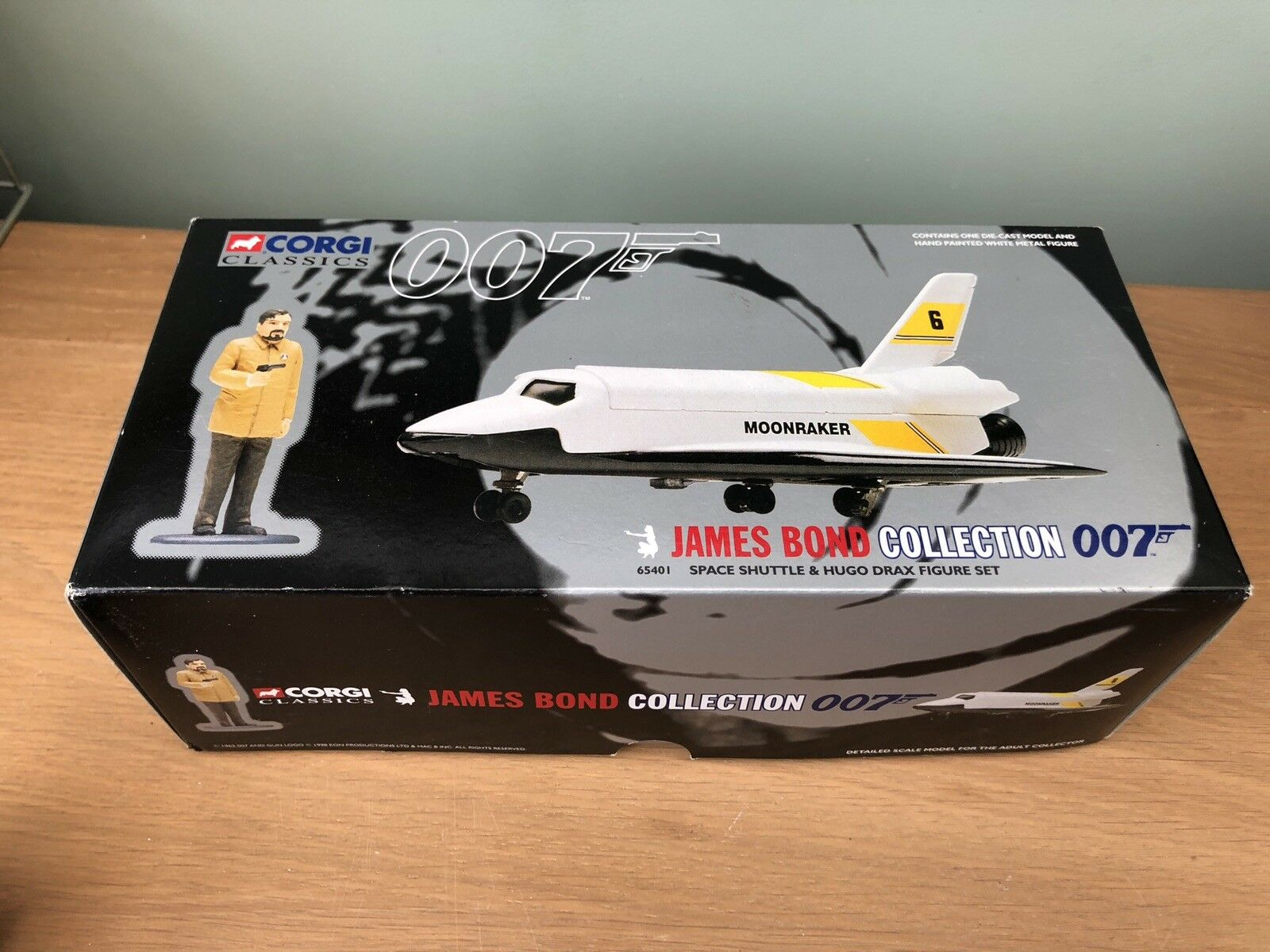 Corgi Classic James Bond Moonraker