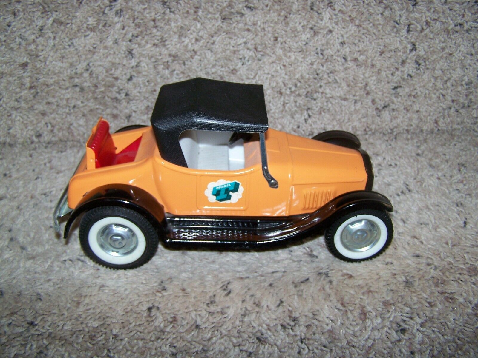 Vintage Nylint Modelo T del coche, vehículo de juguete de acero prensado Como Nuevo