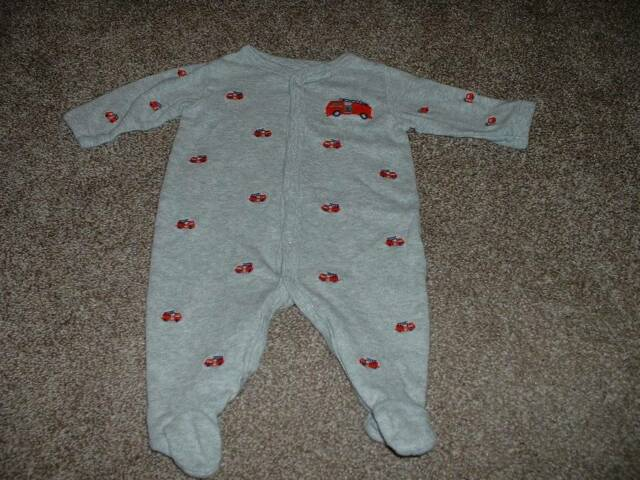 Carter's Baby Boys Gray Firetruck Pajamas Sleeper Size 3 Months 3M Fire Engine