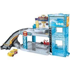 Cars Toy Florida 500 Racing Garage Disney Pixar Playset