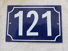 Ancienne PLAQUE Email de porte de rue , de cave , en tôle ÉMAILLÉE N° 121