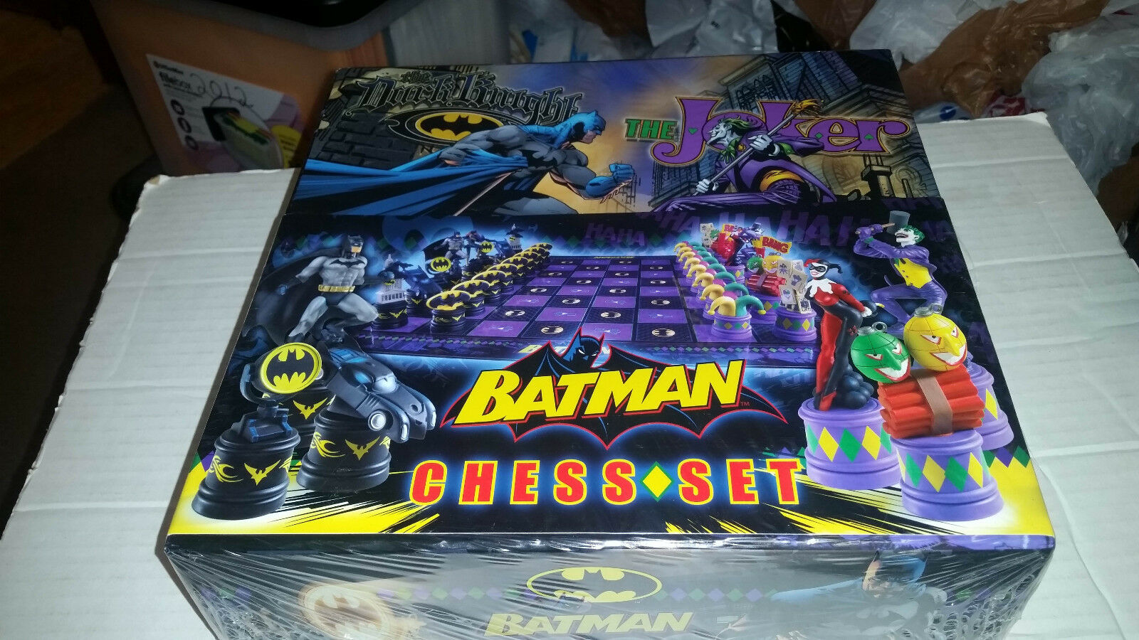 Batman vs Joker Chess Set NEW SEALED by the Noble Collection
