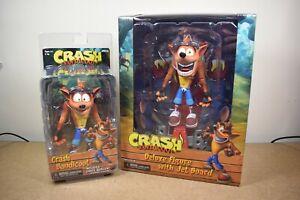 Figurines d'action véritables Neca Deluxe Crash Bandicoot Hoverboard & Standard