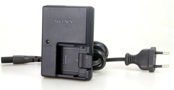 D'origine Sony Bc-cs3 Chargeur Pour Batterie Np-bd1 Np-fd1 Np-fr1 (réf#z-180) Pour Classer En Premier Parmi Les Produits Similaires