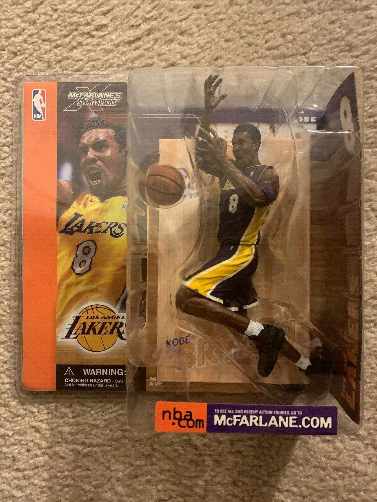McFarlane NBA Action Figure Series 1 Kobe Bryant - Lakers - lila Variant