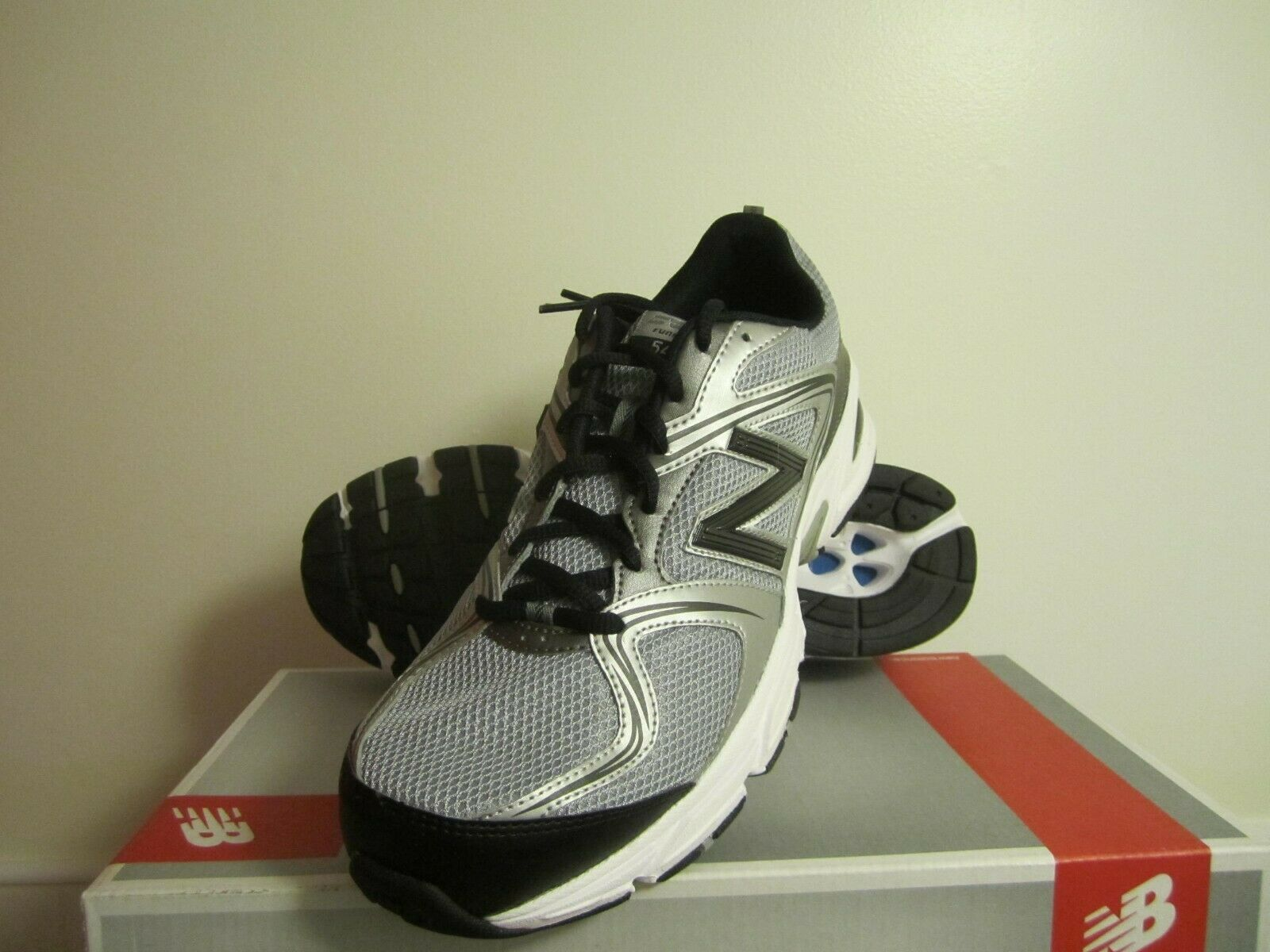 New  Mens New Balance 540 Running Sneakers shoes - 11 Wide