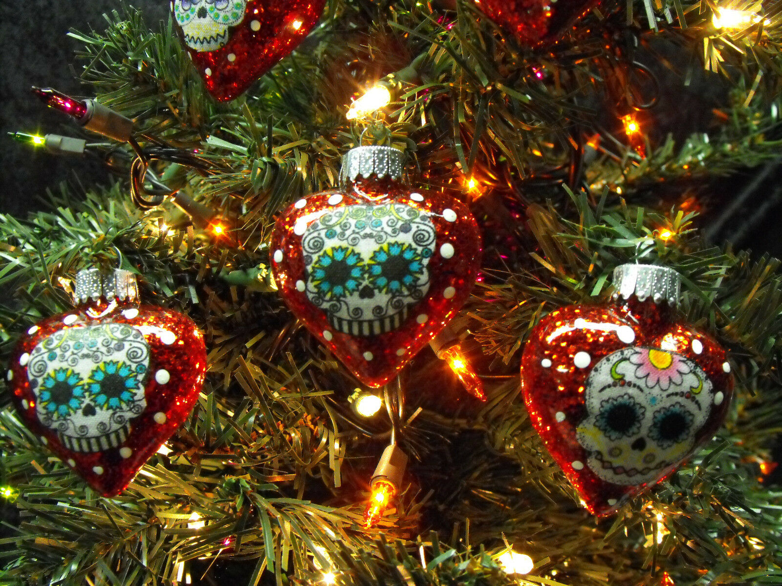 Glass heart christmas ornaments - Sugar Skulls Decorated Glass Heart Christmas Ornaments Set Of 6