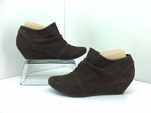 d00040c72a8a Blowfish Bootie Size 7.5 Leche Brown Side Zip Wedge Heel Ankle