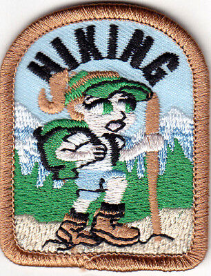 "/""HIKING/"" BOOT-Iron On Patch Scouts Cub Girl Boy Sports Hiker Outdoors Hike"