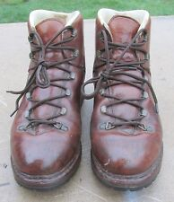 Vintage Men's Raichle Hiking / Mountaineering Brown Leather Boots ~ Size 6 M