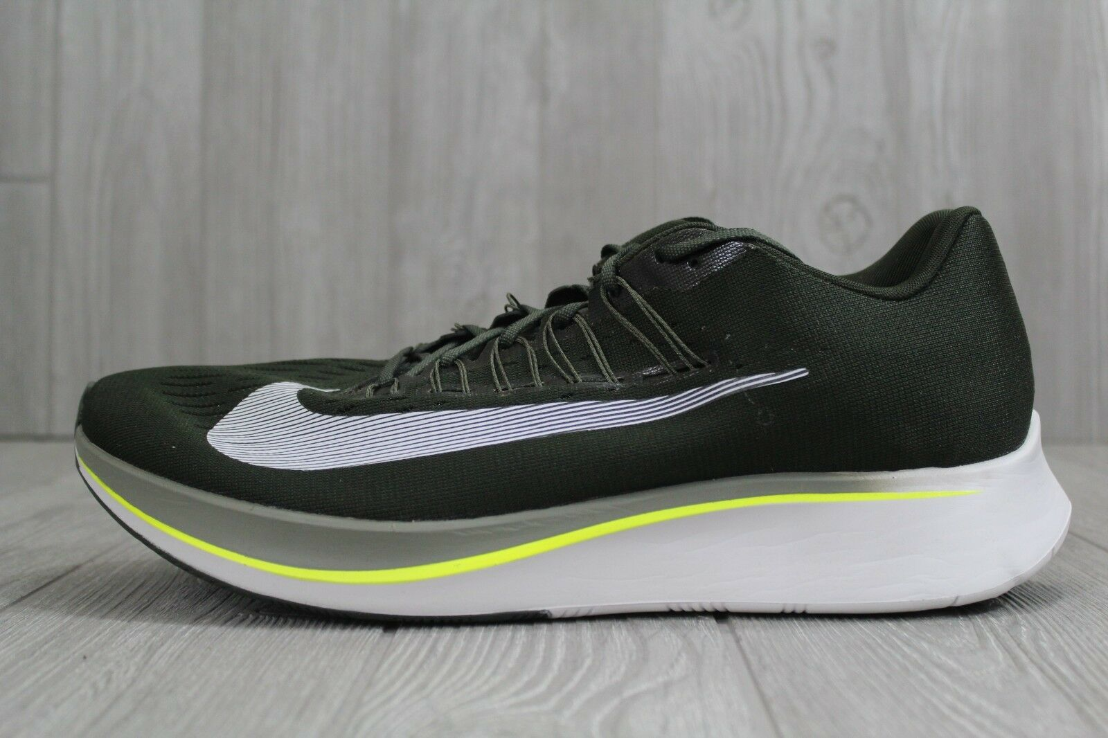 huge selection of 53dc1 436c1 32 New Nike Zoom Fly Men s Men s Men s Running shoes 880848-301 Sequoia  Olive Size