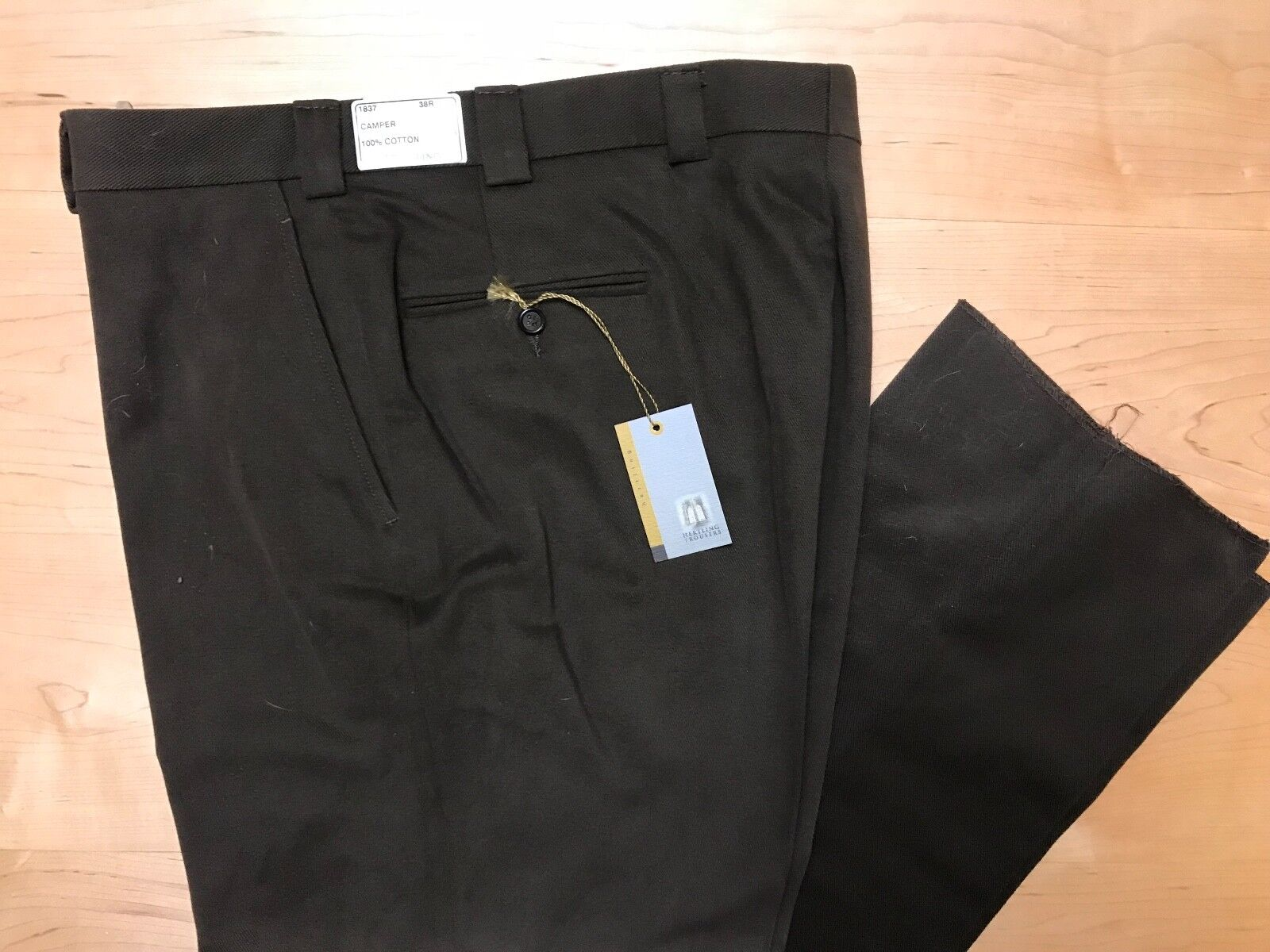 Hertling Trouser. 100% Cotton Twill   Camper fit   Size 38   1837. NEW.