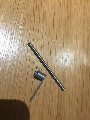 VW T5 ASHTRAY SPRINGS AND PINS