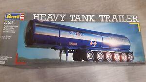 REVELL-1-25-Heavy-Tank-Trailer-truck-model-kit-Bausatz-maquette-7520