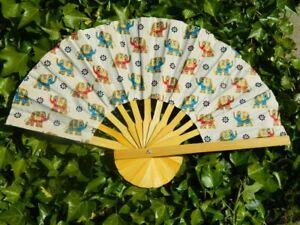 Durable Handheld Fabric Hand Folding Fan Outdoor Dancing Bridals Weddin L/_D