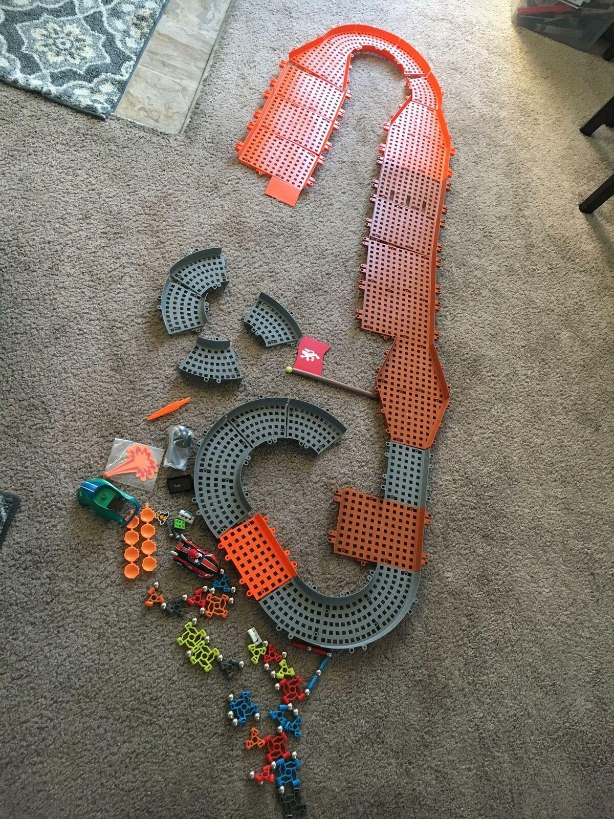 K'nex Mario Kart wii Bowsers Castle Ultimate Building Set (used)