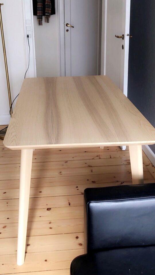 Spisebord, Lisabo