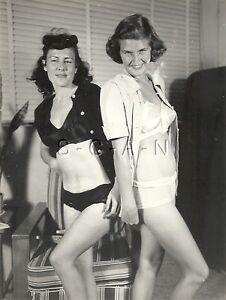 Original Vintage 1940s-50s Small Semi Nude RP- Burlesque