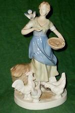 Alte Porzellanfigur Figurine Magd Bäuerin Figure Figur GDR DDR 24cm Vögel Taube