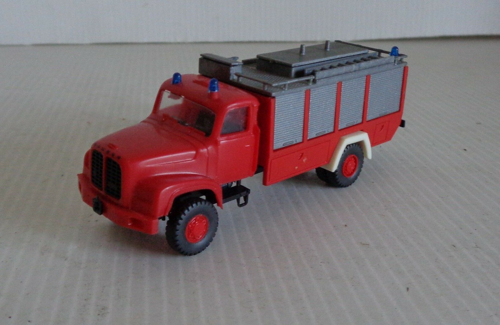 RMM ROSKOPF Truck SAURER FIREFIGHTER Ech 1 87 GOOD CONDITION