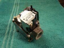 White Rodgers gas valve 36G22-203 Goodman Amana C64769-11 RF100144