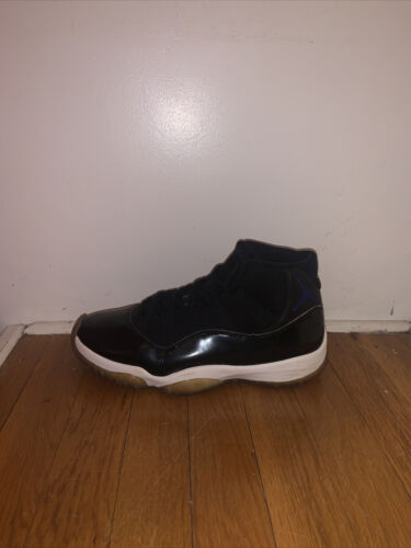 Space Jam 11 Size 9