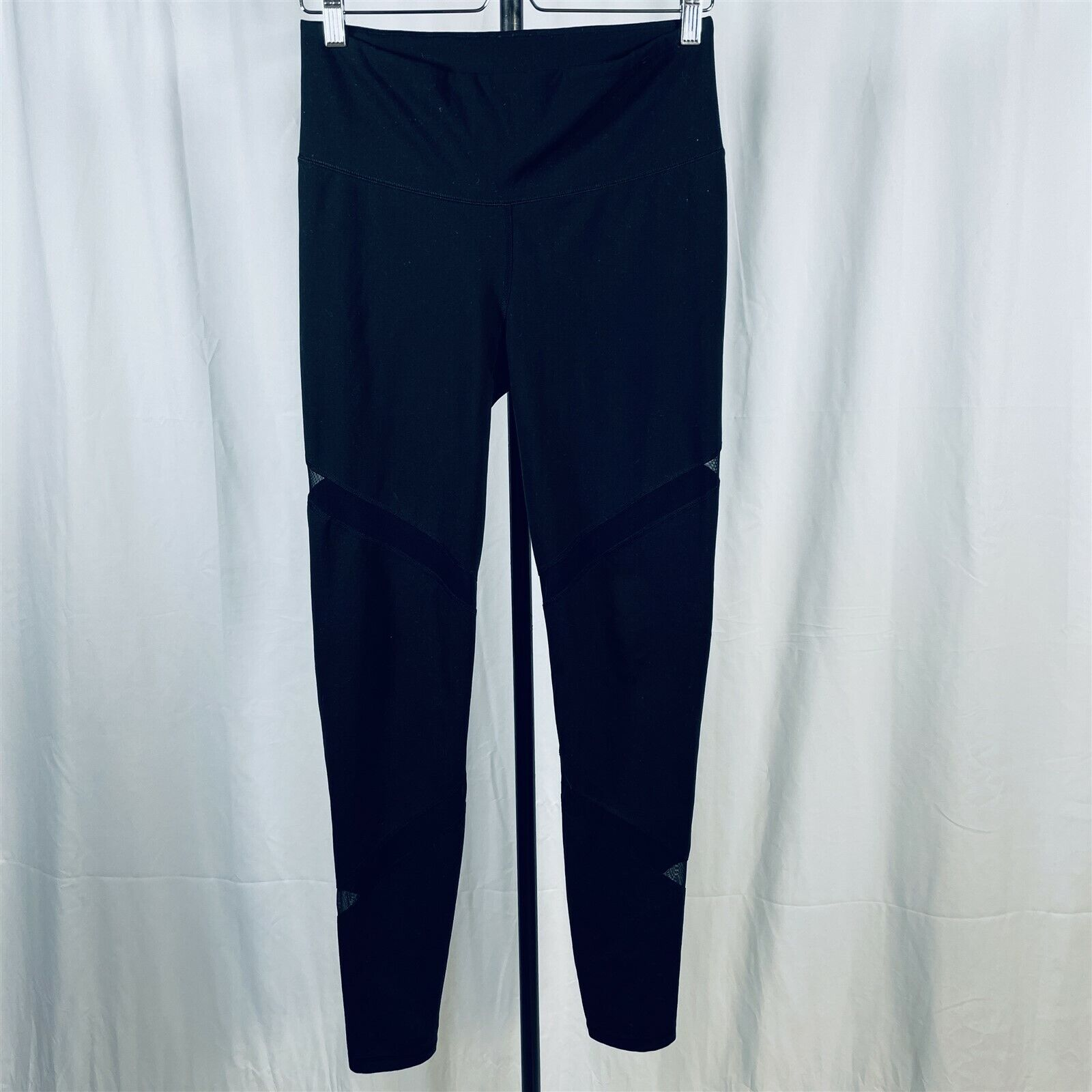 Old Navy Active Leggings Size L High Rise Thick Waistband Go Dry Stretch Black