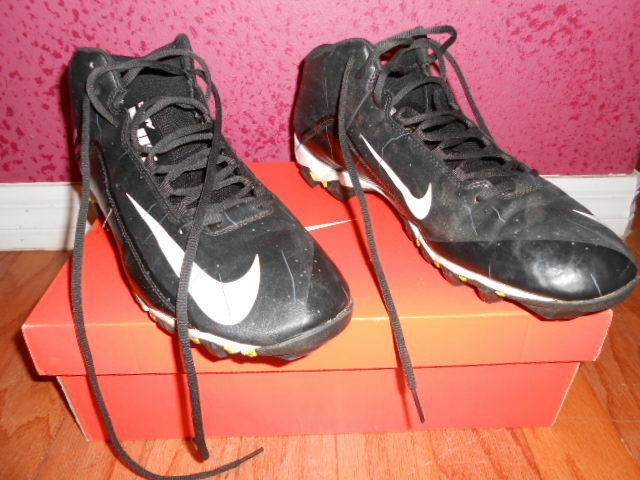 NIKE Alpha Shark 2 3/4 FOOTBALL CLEATS, Mens Sz 13,  Great discount Seasonal clearance sale