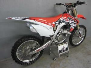 Honda-CRF-450-2016-Muscle-milk-22-hours-but-never-raced-freestyle-use-uk-bike