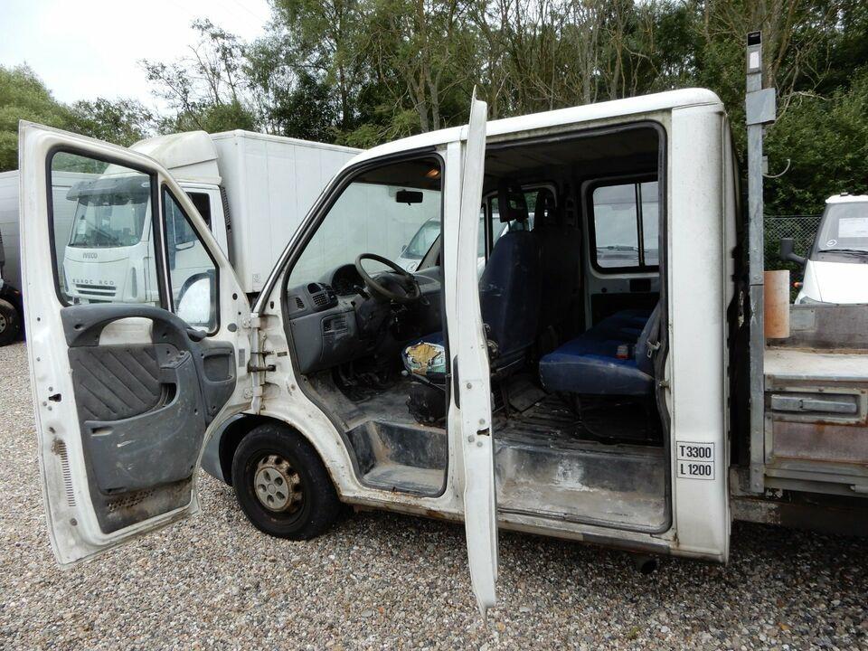 Peugeot Boxer 330L 2,8 Chassis Db.Cab Diesel modelår 2004